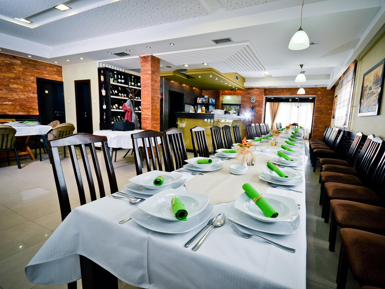 TAVERN KOD PAUNA Restaurants Loznica - Photo 6