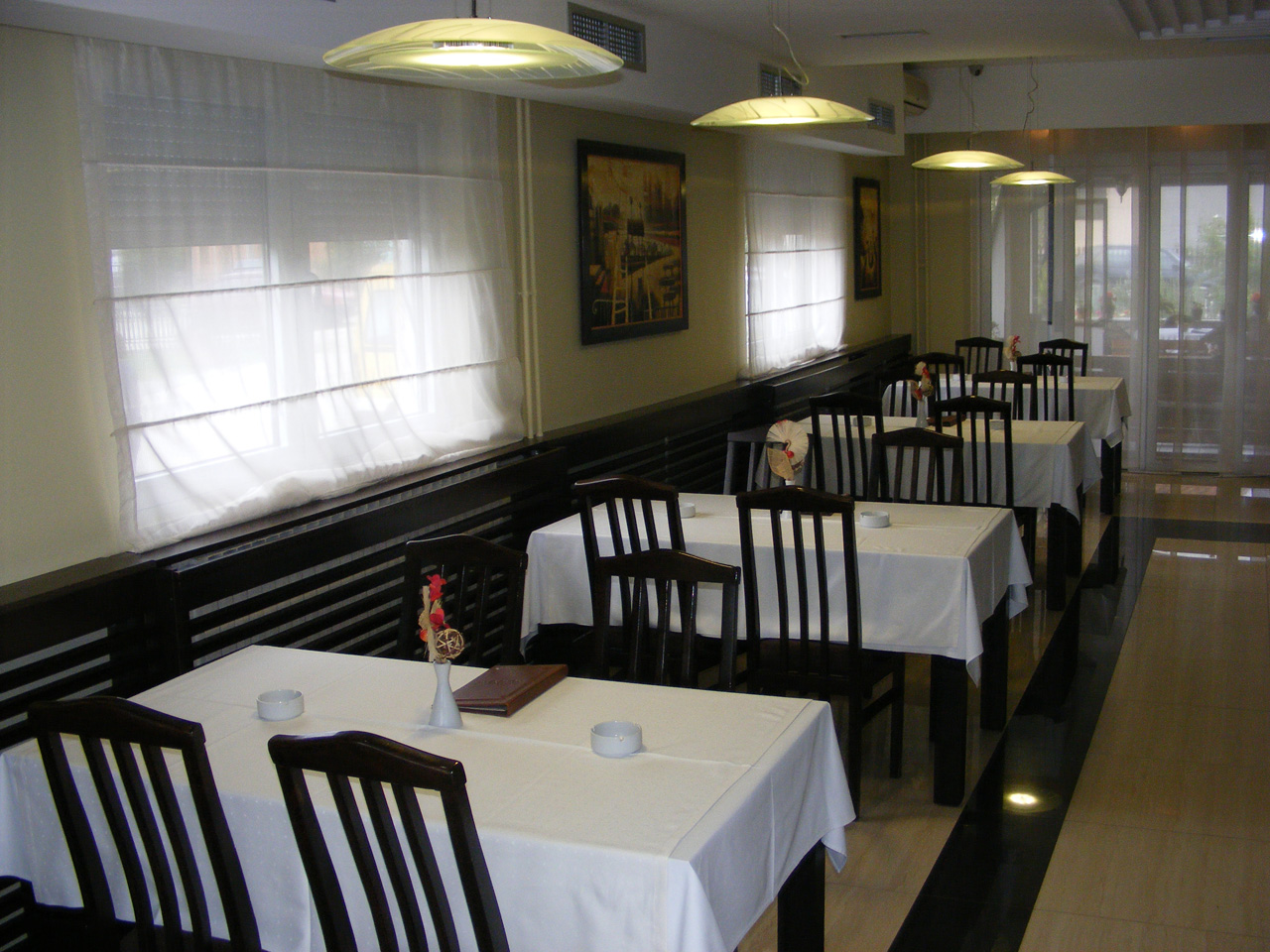TAVERN KOD PAUNA Restaurants Loznica - Photo 8