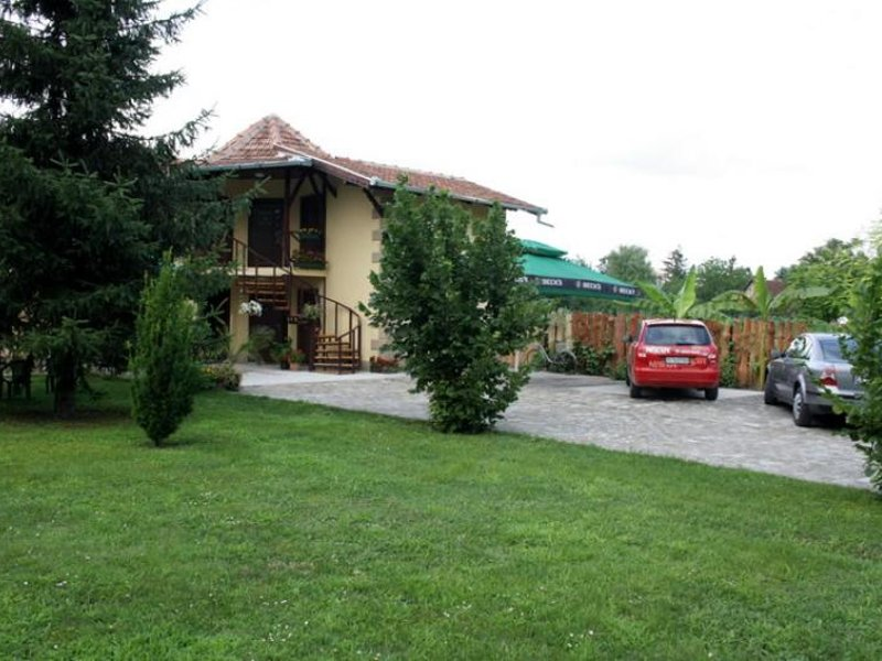 VILLA MARIJA Lodging Palic - Photo 1