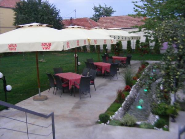 RESTAURANT DESETKA Restaurants Pirot - Photo 5