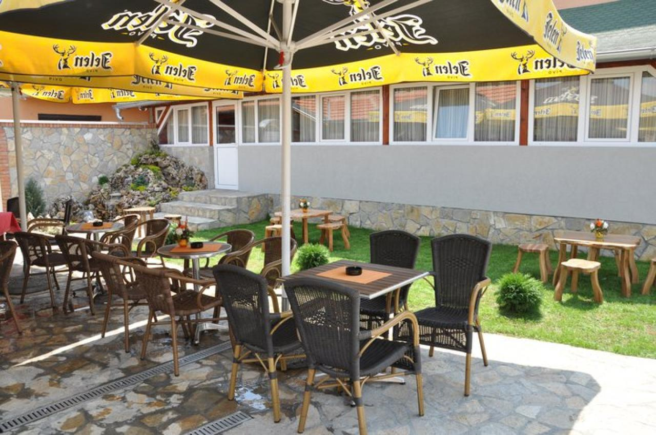 RESTAURANT DEDINJE Motels Kragujevac - Photo 8