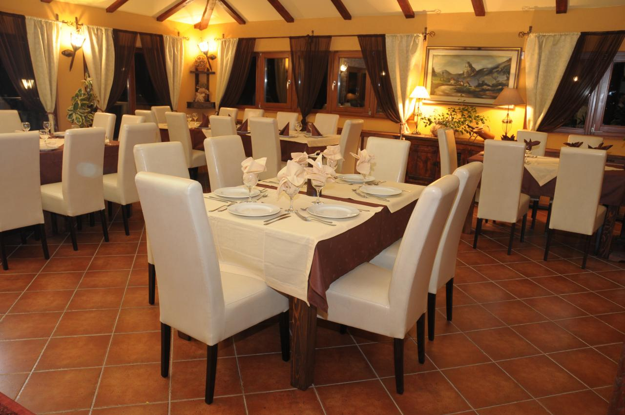 RESTAURANT VILLA JUGOVO-S Restaurants for weddings Smederevo - Photo 1