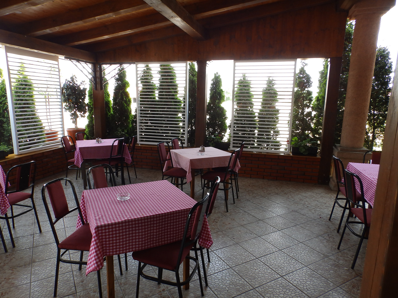 RESTAURANT BASTA Lodging Loznica - Photo 2