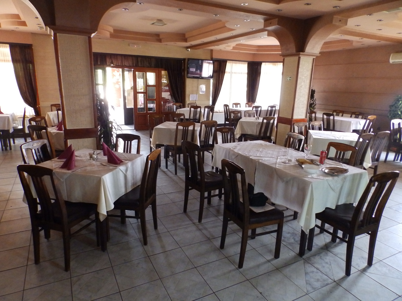 RESTAURANT BASTA Lodging Loznica - Photo 5