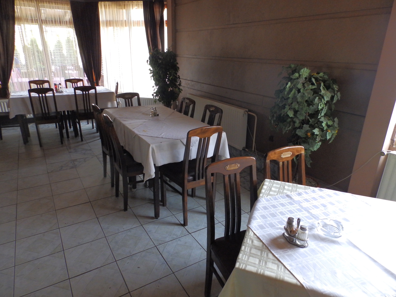 RESTAURANT BASTA Lodging Loznica - Photo 7