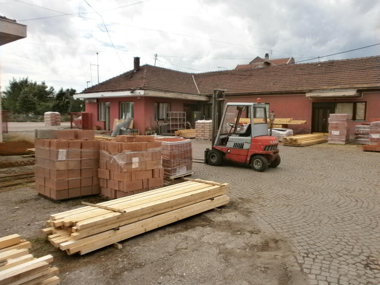 WAREHOUSE OF BUILDING MATERIAL LESKA-M Construction companies and services Leskovac - Photo 9