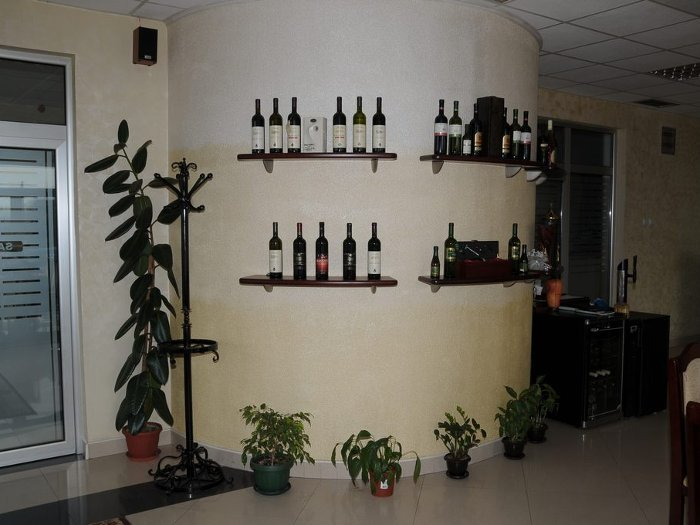 RESTAURANT WITH ACCOMODATIONS M NA RASKRSCU Renting halls Smederevo - Photo 3