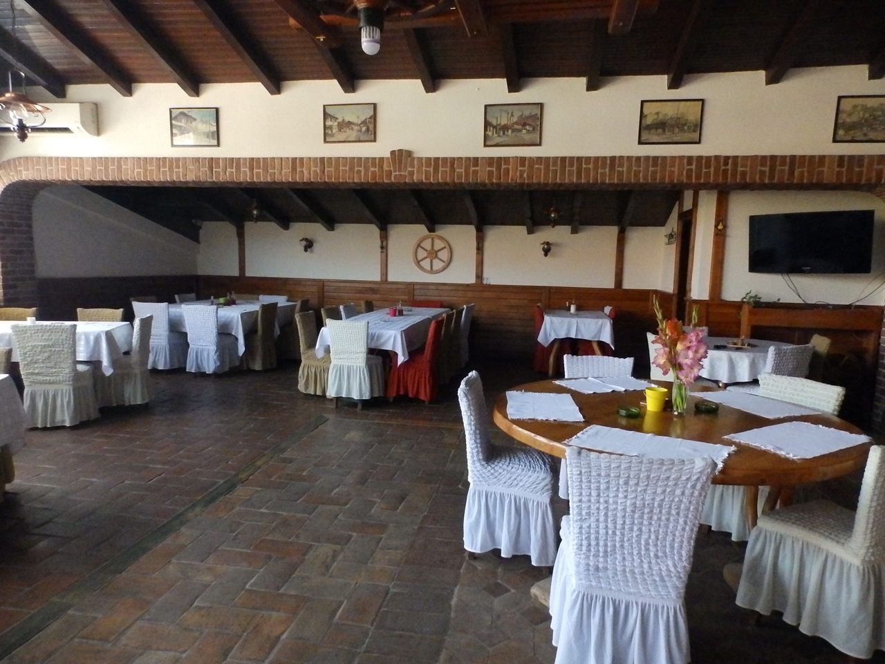 RESTAURANT OLD TOWN AT VASA Accommodation Petrovac