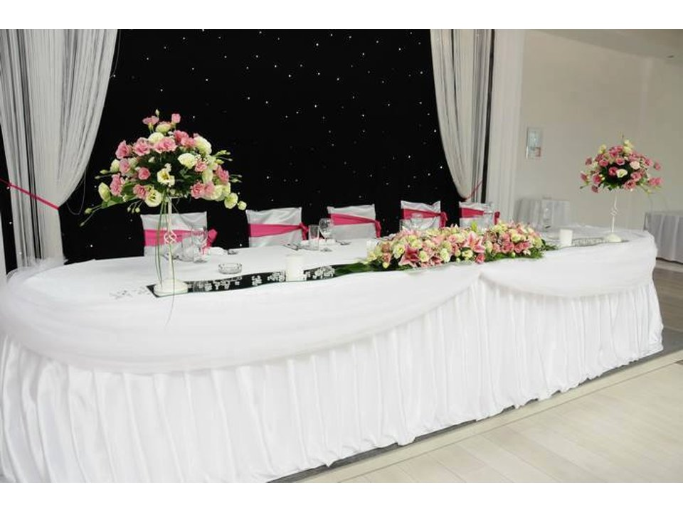 CEREMONY HALL FOR ALL KINDS OF CELEBRATION EXCLUSIVE NS Organization of weddings and celebration Novi Sad - Photo 8