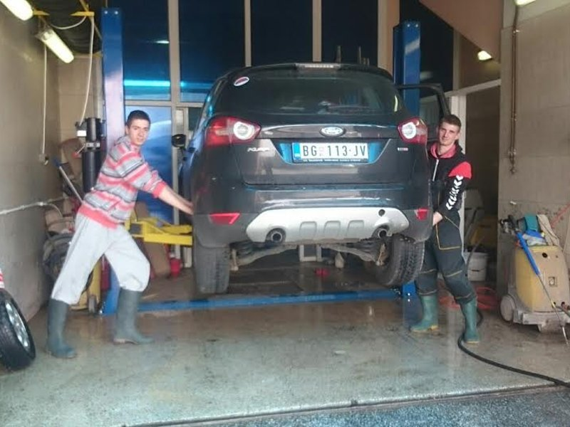 CARPET SERVICE,CARWASH ESKIC Auto tires Mladenovac - Photo 6
