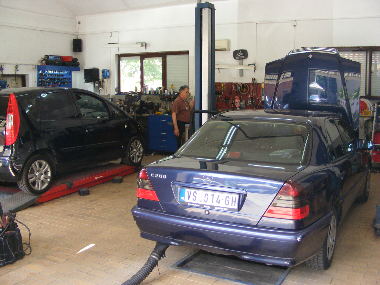 AUTO ELECTRICIAN IVA Auto parts Vrsac - Photo 2