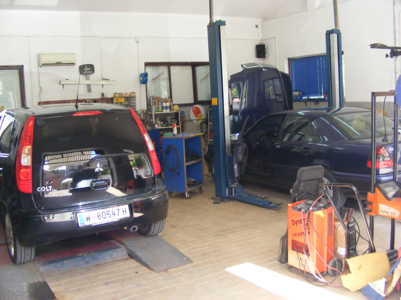 AUTO ELECTRICIAN IVA Auto parts Vrsac - Photo 3