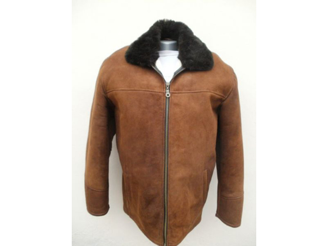 FUR STORE MIROSLAV Leather goods Sid - Photo 3