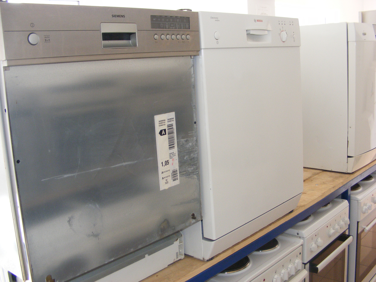 USED WHITE GOODS CAN - COM Electrical equipment, service and sales Pancevo - Photo 10