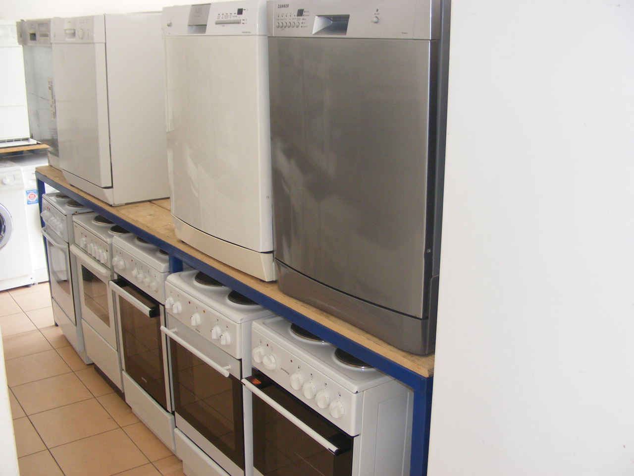 USED WHITE GOODS CAN - COM Electrical equipment, service and sales Pancevo - Photo 2
