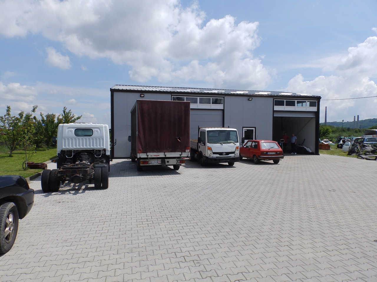 SERVICE TOWING SERVICE AND CAR CENTER GORAN-KEBA Used car parts Loznica - Photo 3