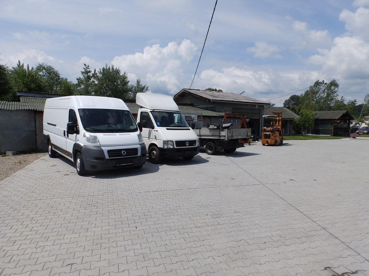 SERVICE TOWING SERVICE AND CAR CENTER GORAN-KEBA Used car parts Loznica - Photo 5