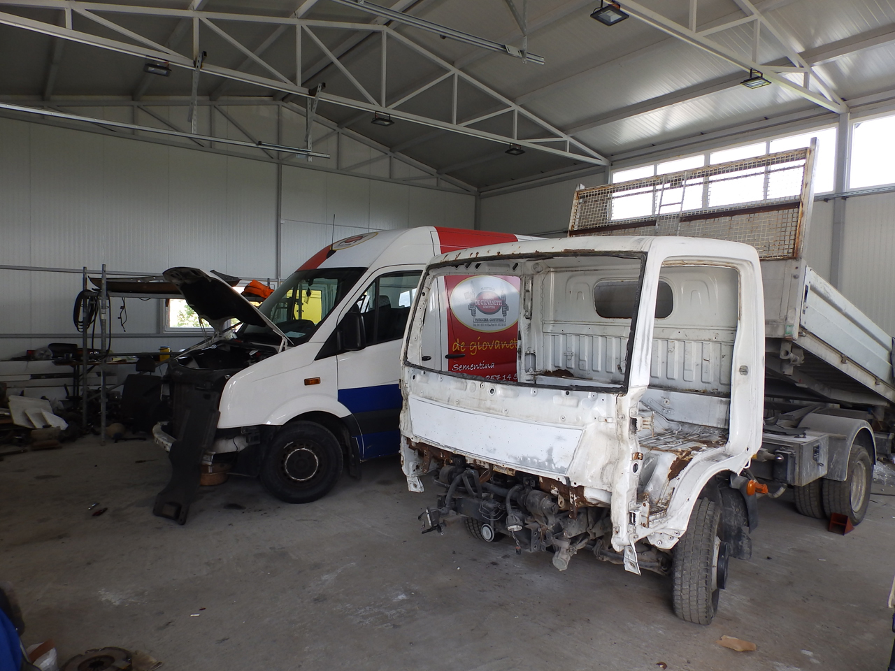 SERVICE TOWING SERVICE AND CAR CENTER GORAN-KEBA Used car parts Loznica - Photo 7
