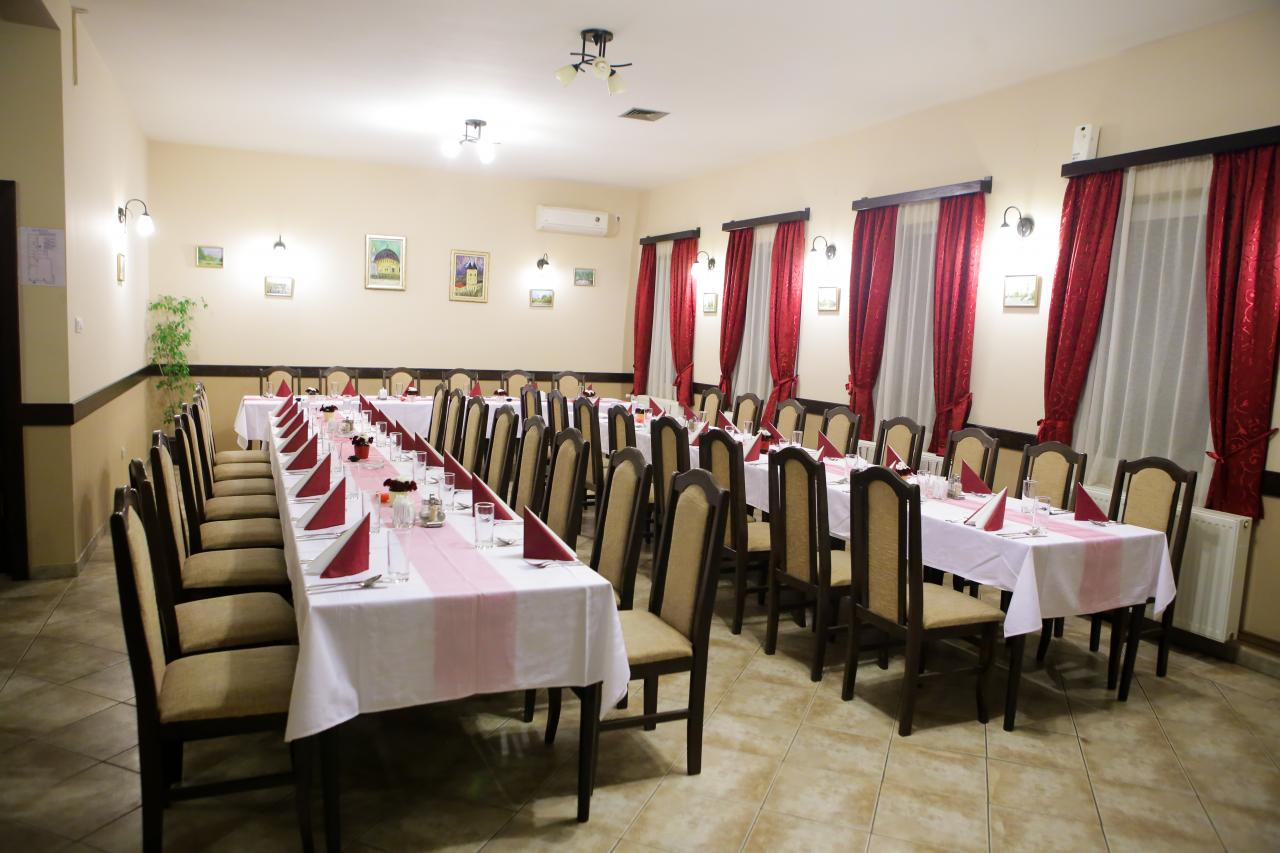 DOMESTIC CUISINE RESTAURANT PAW Catering Pancevo - Photo 2