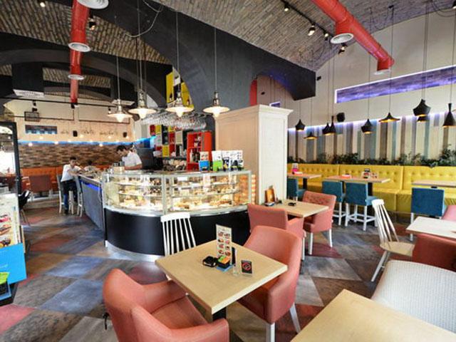 CAFE RESTORAN CORSO Kafe barovi i klubovi Novi Sad