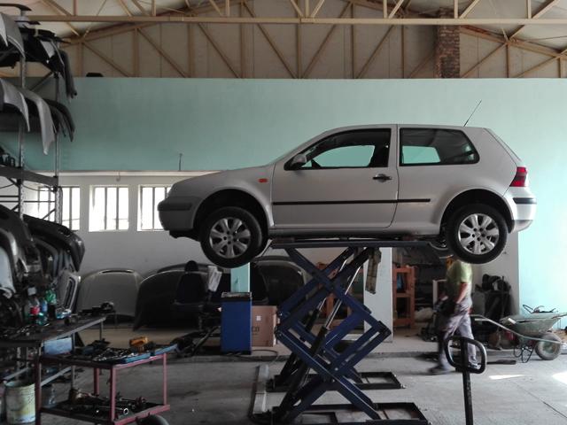AUTO OTPAD SELF Polovni auto delovi Šabac
