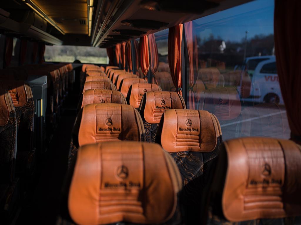 VULOVIĆ TRANSPORT DOO Autobuski i kombi prevoz Kragujevac