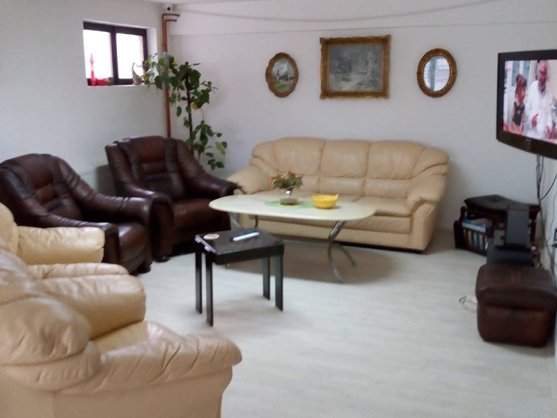 HOME FOR ACCOMMODATION OF ADULTS AND ELDER PEOPLE VERA 035 Adult care home Jagodina - Photo 4