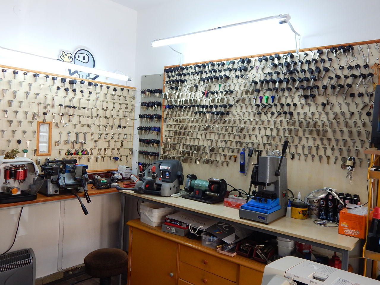 KEY CODE Car locksmiths Kragujevac - Photo 7
