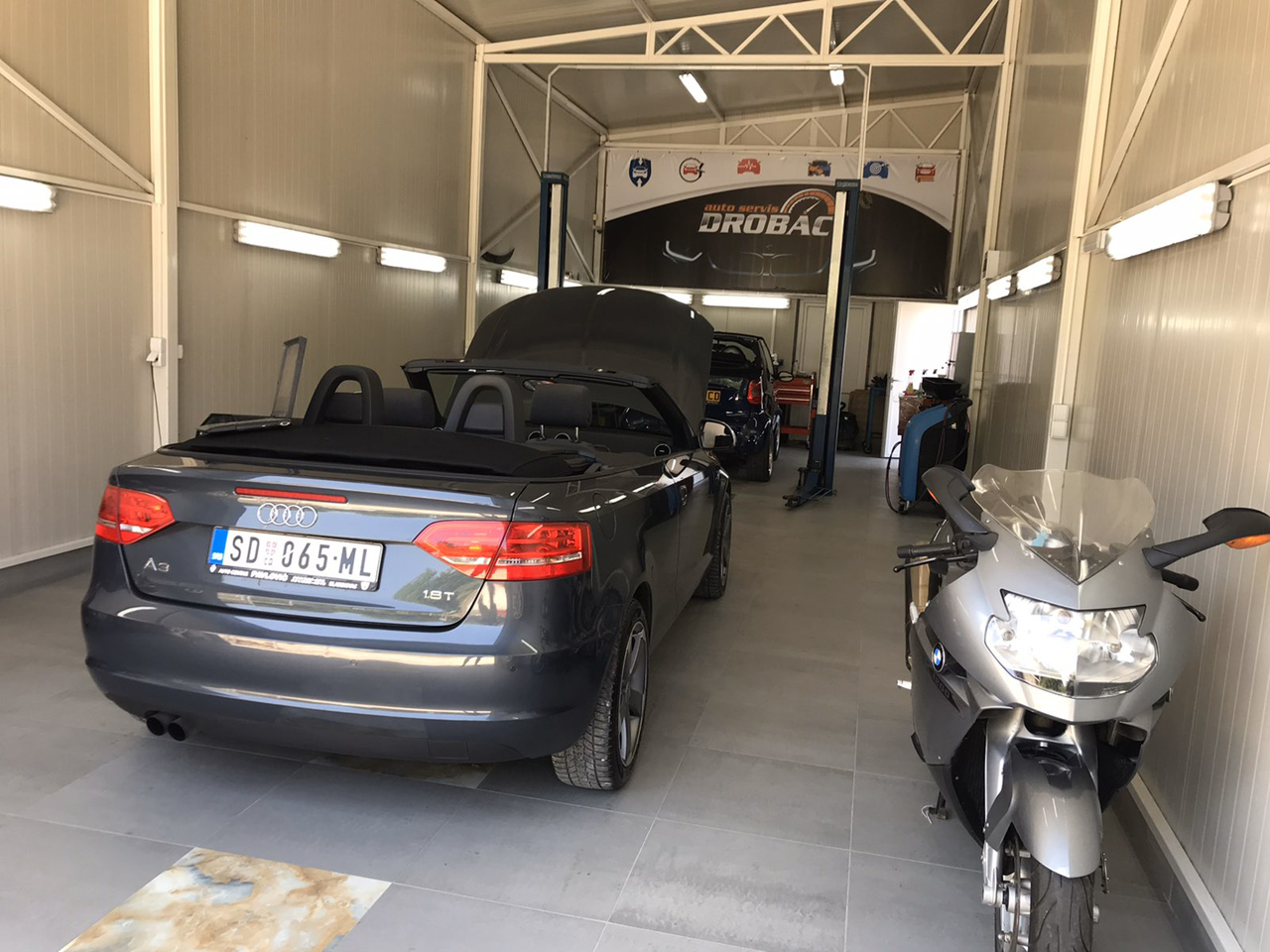 CAR LOT AND CAR SERVICE DROBAC Tire repair Mladenovac - Photo 4