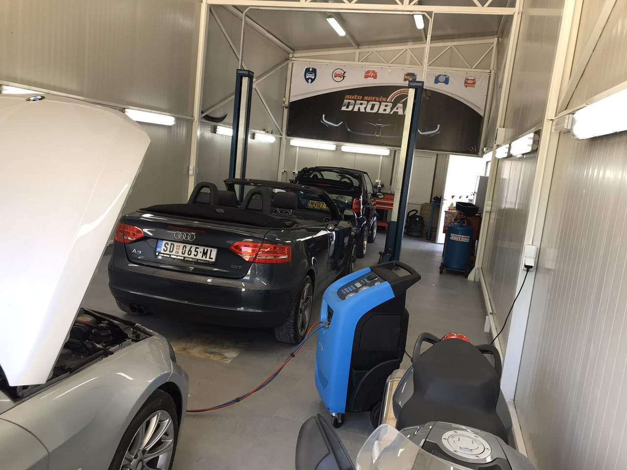 CAR LOT AND CAR SERVICE DROBAC Tire repair Mladenovac - Photo 8
