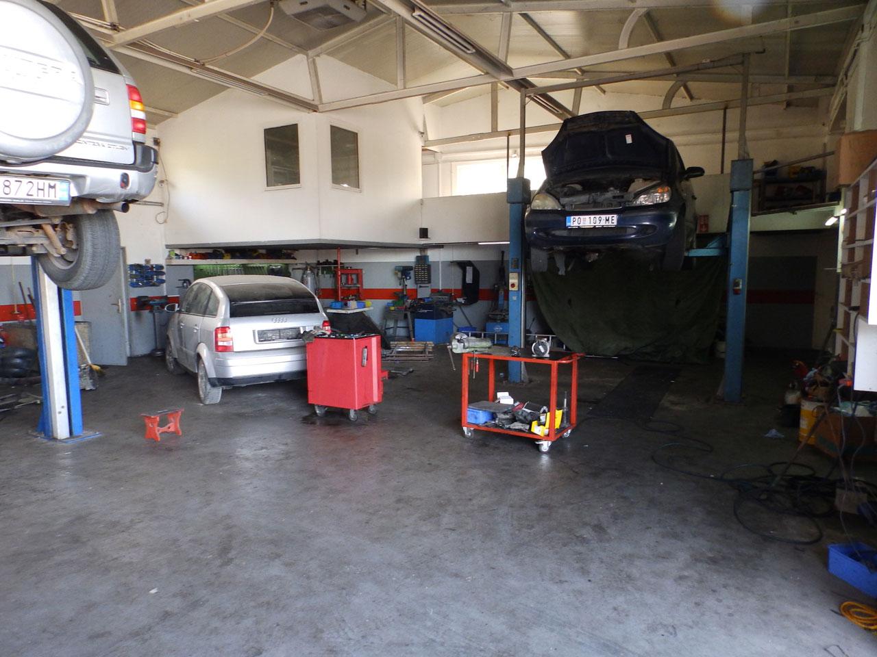AUTO SERVIS IGOR Auto delovi Požarevac