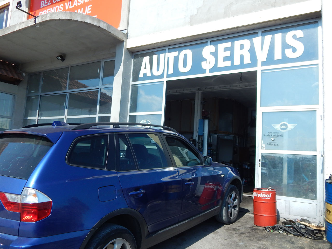 CAR SERVICE BMW RADOJEVIC Auto parts Uzice - Photo 1