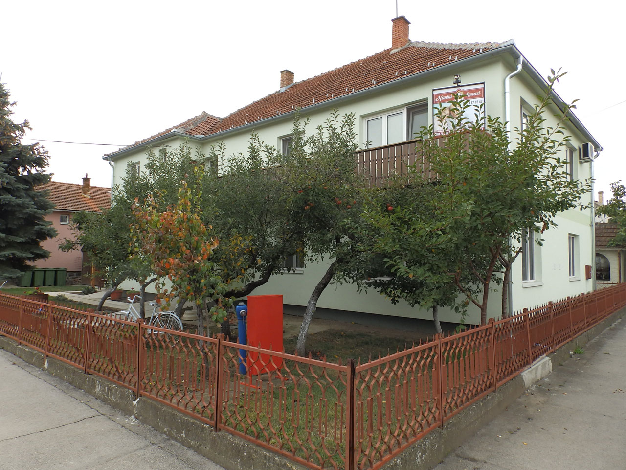 HOME FOR ADULTS AND THE ELDERLY NANINI KONACI Adult care home Zrenjanin - Photo 1