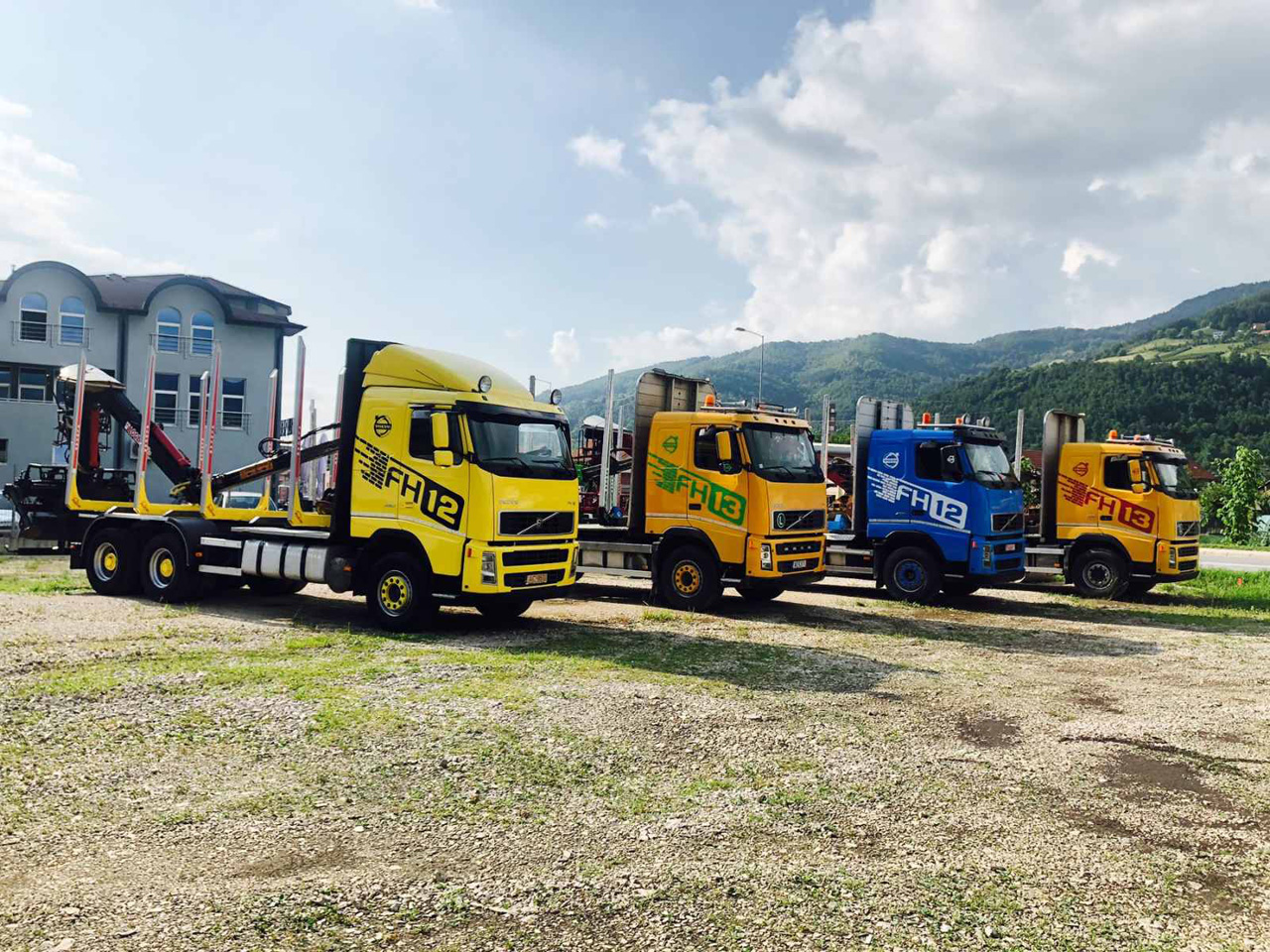 DRIVING SCHOOL  TEHNICAL INSPECTION AND TRUCK SALES  VAP Apartments Ivanjica - Photo 6