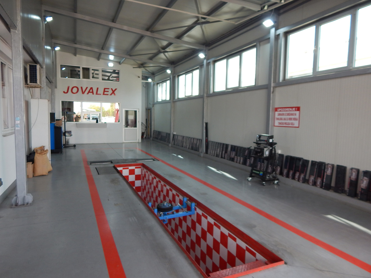 CAR CENTER JOVALEX LTD Second hand car shops Kragujevac - Photo 10