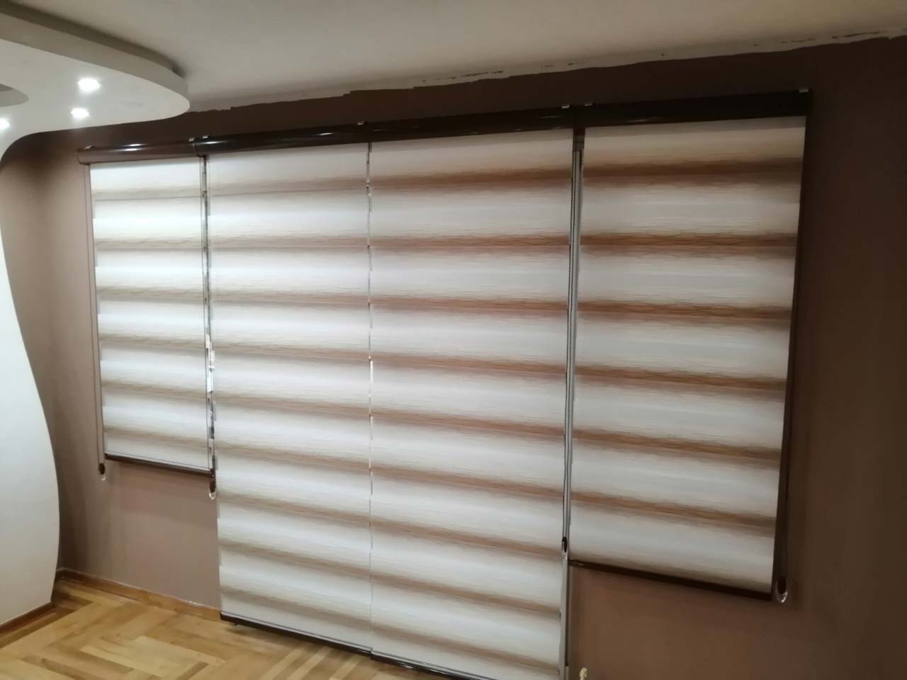 CURTAIN ROLLER BLINDS M ROLL  Awnings, Venetian Blinds, Blinds Kragujevac - Photo 4