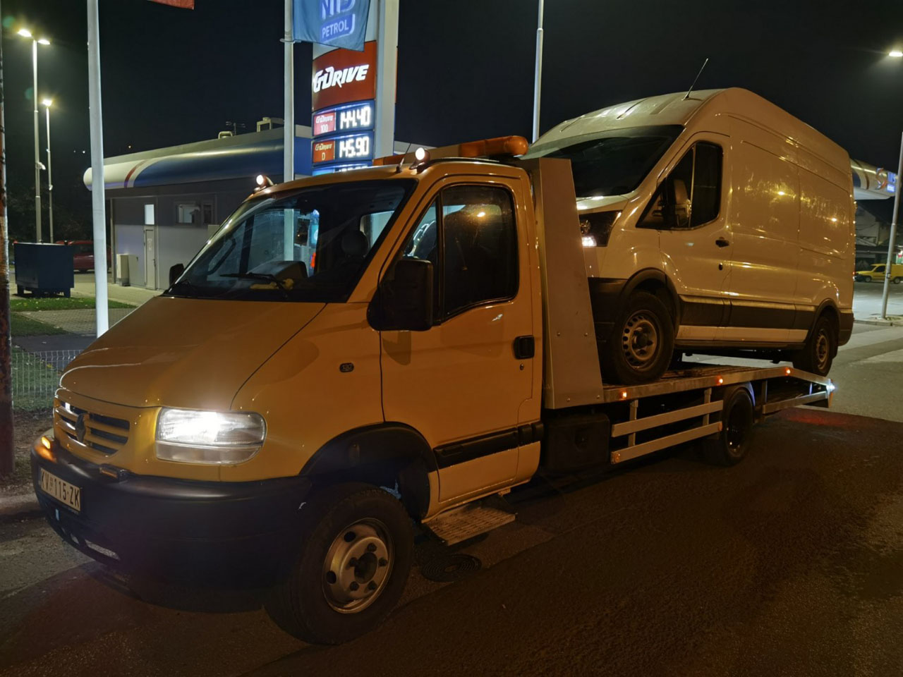CAR AND TOWING SERVICE SEKULA 2006 Towing services Kraljevo - Photo 3